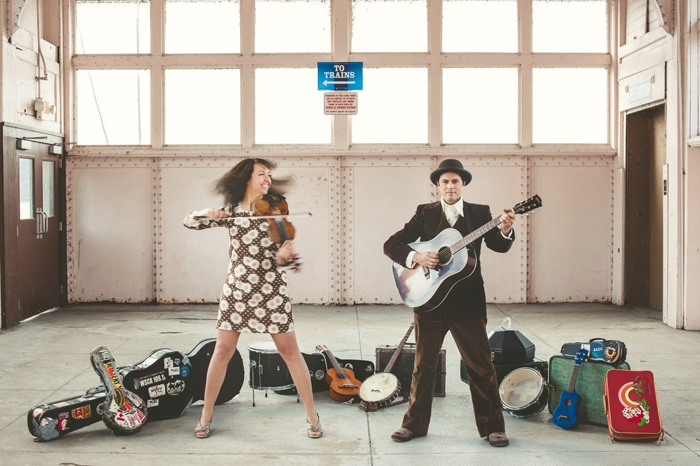 Mike + Ruthy (USA) in concert 'Live At The Attic' Blue Mountains | Hotel Blue