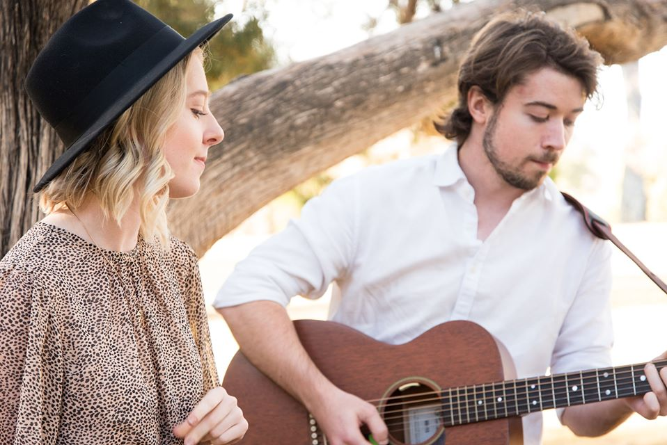 Eminate Acoustic Duo | The Old City Bank